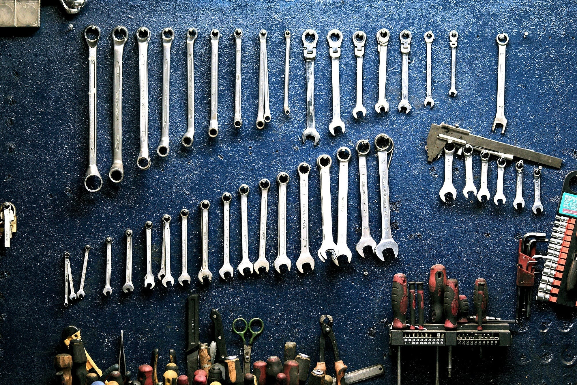 Social Branding 101: Social Media Tools You Need To Know About