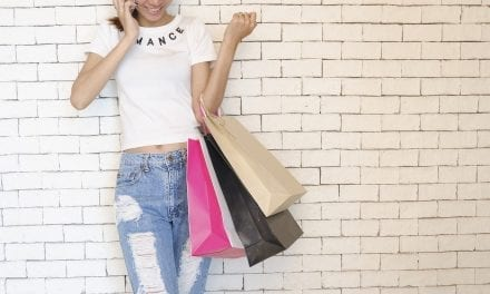 How to expertly shop for clothes online